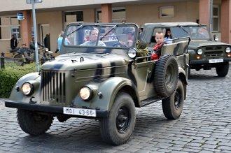 Sraz historiských vozidel