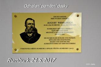 Odhalení pamětní desky Augusta Wenschucha